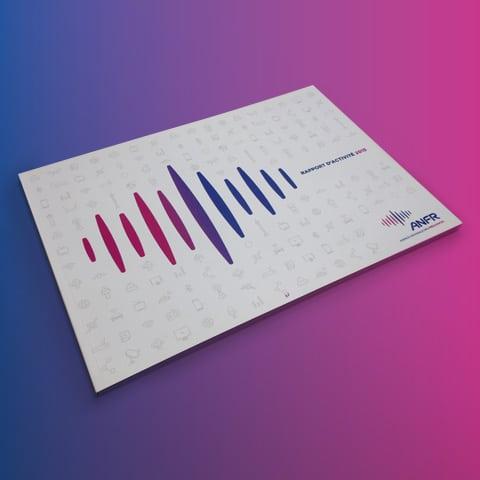 ANFR : Création graphique et réalisation des rapports d'activité avec pour objectif de valoriser le nouveau logo de l'ANFR - Agence Linéal