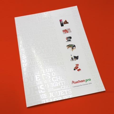 AUCHAN : Élaboration du design de la nouvelle collection de cartes cadeaux - Agence Linéal